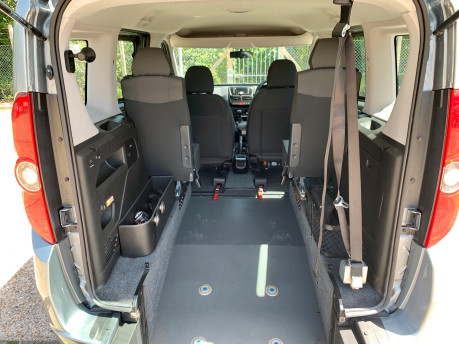Fiat Doblo 2012 MYLIFE Wheelchair Accessible Vehicle WAV 4