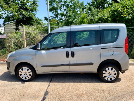 Fiat Doblo 2012 MYLIFE Wheelchair Accessible Vehicle WAV 10