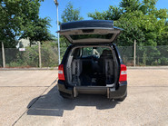 Kia Sedona 2010 3 CRDI wheelchair accessible vehicle WAV 3