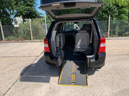 Kia Sedona 2010 3 CRDI wheelchair accessible vehicle WAV 5