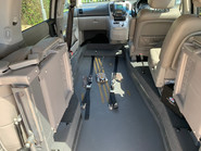 Kia Sedona 2010 3 CRDI wheelchair accessible vehicle WAV 7
