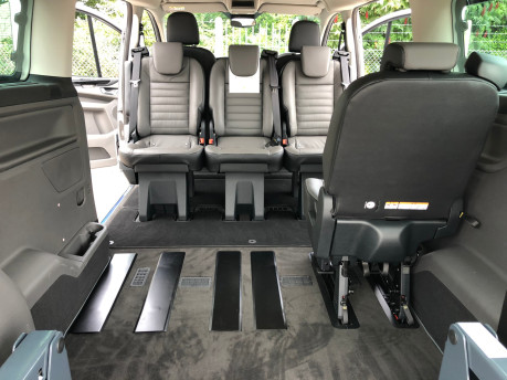 Ford Tourneo Custom Titanium X L2 130ps wheelchair accessible vehicle WAV 5
