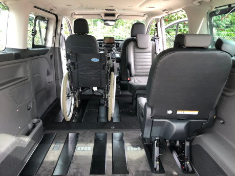 Ford Tourneo Custom Titanium X L2 130ps wheelchair accessible vehicle WAV 9