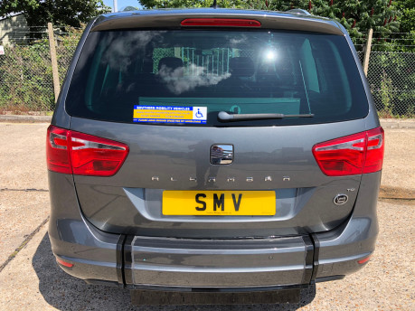 SEAT Alhambra 2014 TDI CR SE LUX DSG Wheelchair Accessible Vehicle WAV 32