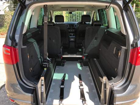 SEAT Alhambra 2014 TDI CR SE LUX DSG Wheelchair Accessible Vehicle WAV 4