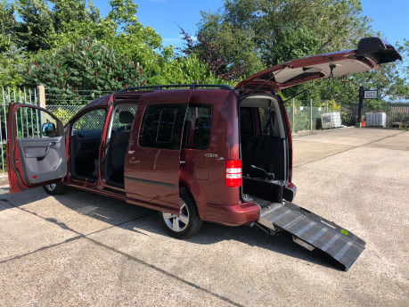 Volkswagen Caddy Maxi Life 2014 C20 LIFE TDI wheelchair & scooter accessible vehicle WAV 1