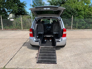 Kia Sedona 2009 3 CRDI wheelchair accessible vehicle WAV 4