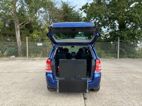 Vauxhall Zafira 2011 EXCLUSIV wheelchair & scooter accessible vehicle WAV 5