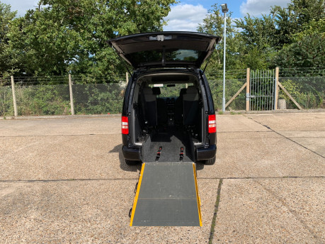 Volkswagen Caddy Maxi Life C20 LIFE TDI wheelchair accessible vehicle WAV 5