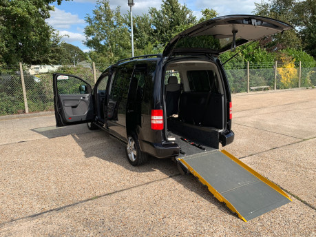 Volkswagen Caddy Maxi Life C20 LIFE TDI wheelchair accessible vehicle WAV 1