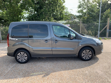 Peugeot Partner 2014 E-HDI TEPEE S wheelchair accessible vehicle WAV 19