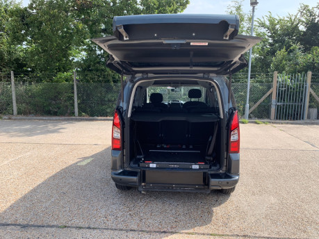 Peugeot Partner 2014 E-HDI TEPEE S wheelchair accessible vehicle WAV 4