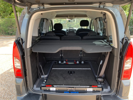 Peugeot Partner 2014 E-HDI TEPEE S wheelchair accessible vehicle WAV 5