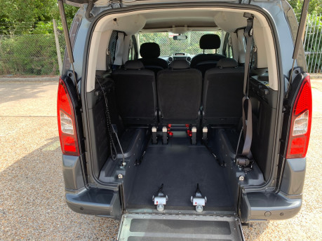 Peugeot Partner 2014 E-HDI TEPEE S wheelchair accessible vehicle WAV 8