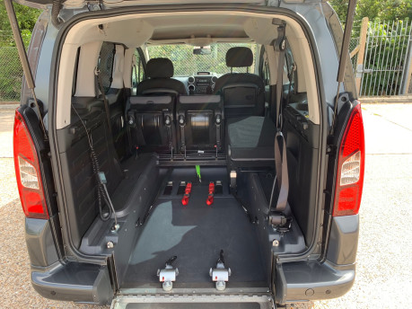 Peugeot Partner 2014 E-HDI TEPEE S wheelchair accessible vehicle WAV 11