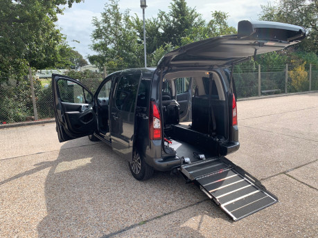 Peugeot Partner 2014 E-HDI TEPEE S wheelchair accessible vehicle WAV 1