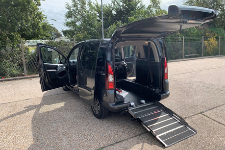 Peugeot Partner 2014 E-HDI TEPEE S wheelchair accessible vehicle WAV