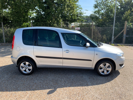 Skoda Roomster 2011 SE TSI DSG wheelchair accessible vehicle WAV 17