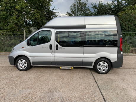 Vauxhall Vivaro 2012 2900 CDTI H/R wheelchair accessible vehicle WAV 18