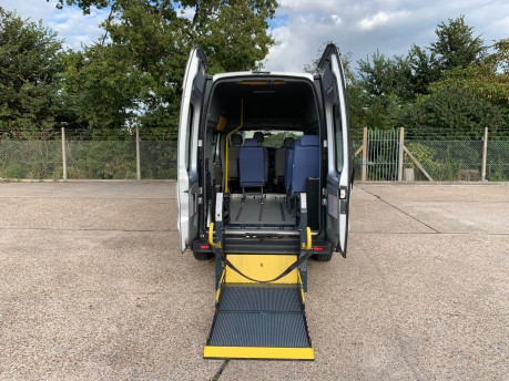 Vauxhall Vivaro 2012 2900 CDTI H/R wheelchair accessible vehicle WAV 7