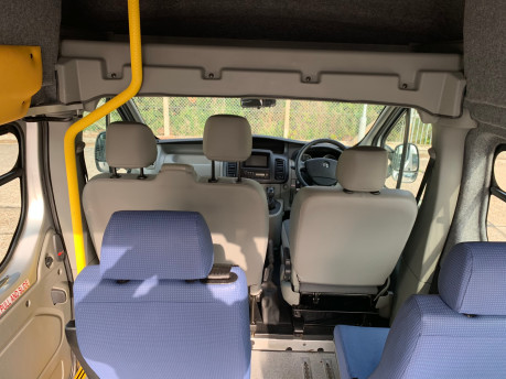 Vauxhall Vivaro 2012 2900 CDTI H/R wheelchair accessible vehicle WAV 11