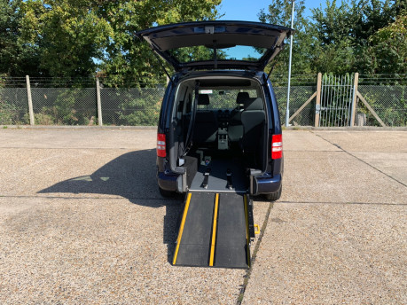 Volkswagen Caddy Life 2014 C20 LIFE TDI wheelchair & scooter accessible vehicle WAV 4
