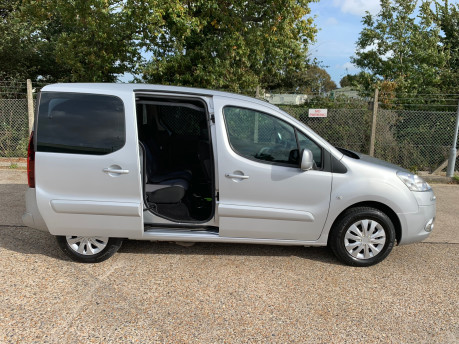Peugeot Partner 2014 TEPEE S wheelchair & scooter accessible vehicle WAV 27