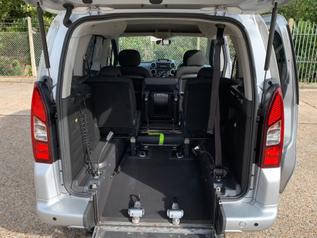 Peugeot Partner 2014 TEPEE S wheelchair accessible vehicle WAV 7