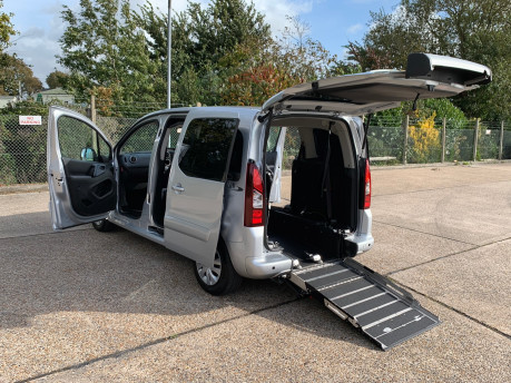 Peugeot Partner 2014 TEPEE S wheelchair accessible vehicle WAV 3