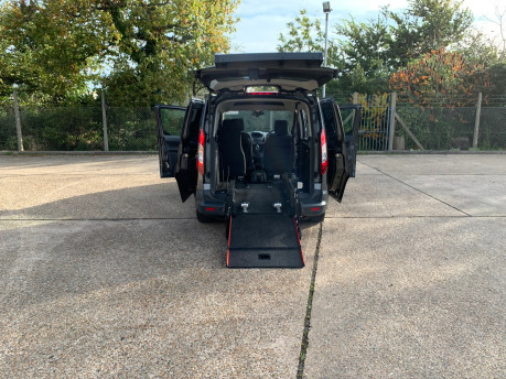 Ford Tourneo Connect 2017 ZETEC TDCI S/S wheelchair & scooter accessible vehicle WAV 5