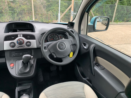 Renault Kangoo 2012 EXPRESSION 16V wheelchair accessible vehicle WAV 15