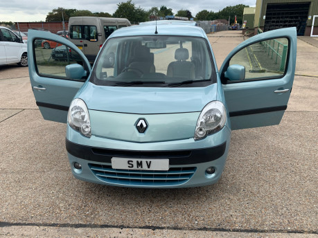Renault Kangoo 2012 EXPRESSION 16V wheelchair accessible vehicle WAV 20