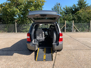 Kia Sedona 2010 3 CRDI wheelchair & scooter accessible vehicle WAV 5
