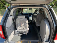 Kia Sedona 2010 3 CRDI wheelchair & scooter accessible vehicle WAV 7