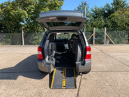 Kia Sedona 2010 3 CRDI wheelchair & scooter accessible vehicle WAV 4