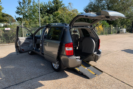 Kia Sedona 2010 3 CRDI wheelchair accessible vehicle WAV