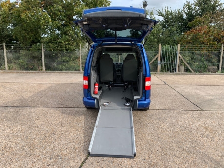 Volkswagen Caddy Maxi Life 2010 LIFE TDI wheelchair & scooter accessible vehicle WAV 5