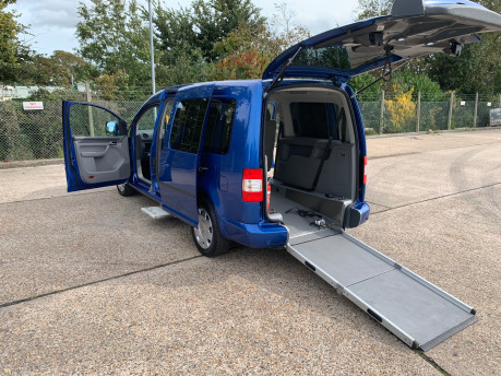 Volkswagen Caddy Maxi Life 2010 LIFE TDI wheelchair & scooter accessible vehicle WAV 1