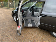 Kia Sedona 2009 LS CRDI wheelchair & scooter accessible vehicle WAV 5