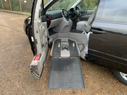 Kia Sedona 2009 LS CRDI wheelchair & scooter accessible vehicle WAV 10