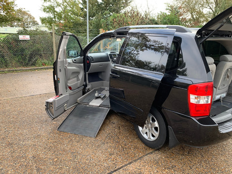 Kia Sedona 2009 LS CRDI wheelchair & scooter accessible vehicle WAV