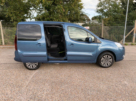 Peugeot Partner 2014 TEPEE S wheelchair accessible vehicles WAV 24