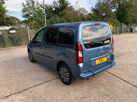 Peugeot Partner 2014 TEPEE S wheelchair accessible vehicles WAV 22