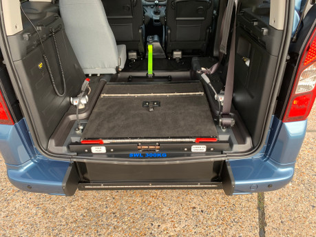 Peugeot Partner 2014 TEPEE S wheelchair accessible vehicles WAV 5