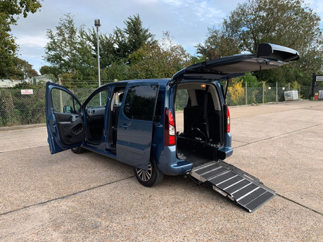 Peugeot Partner 2014 TEPEE S wheelchair accessible vehicles WAV