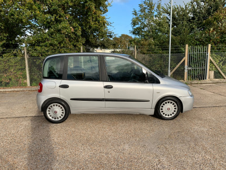 Fiat Multipla 2011 JTD DYNAMIC wheelchair accessible vehicle WAV 26