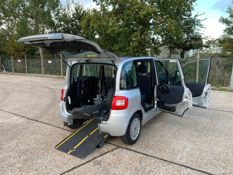 Fiat Multipla 2011 JTD DYNAMIC wheelchair accessible vehicle WAV 22