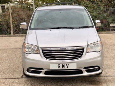 Chrysler Grand Voyager CRD LIMITED Wheelchair Accessible Vehicle WAV 12