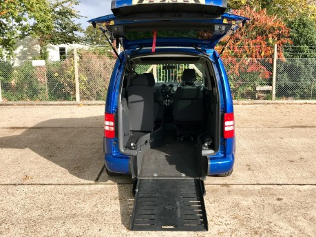 Volkswagen Caddy C20 LIFE TDI Wheelchair Accessible Vehicle 2