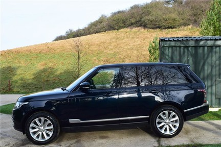 Land Rover Range Rover Vogue Tdv6 (Glass Roof) 13